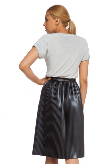 KNEE-LENGTH PLEATED FAUX LEATHER SKIRT